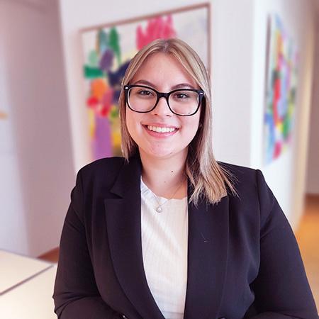 Vanessa Simek - Steuerfachangestellte Steuerkanzlei München